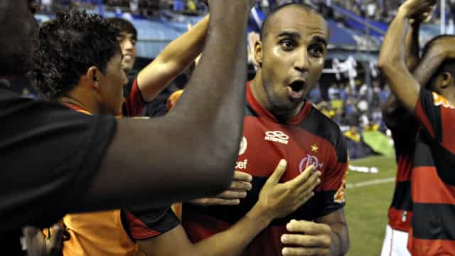 Deivid negocia com Santos para substituir Elano na comissão técnica
