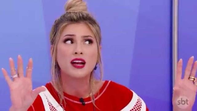 Lívia Andrade reclama de larva em prato de arroz