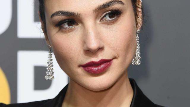 Tiffanydoa dinheiro à campanha 'Time'sUp'por joias do Globo de Ouro