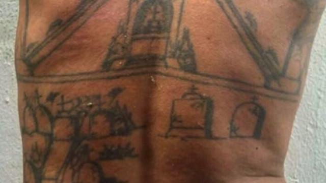 Acusado de assassinatos no Pará tatua cemitério das vítimas