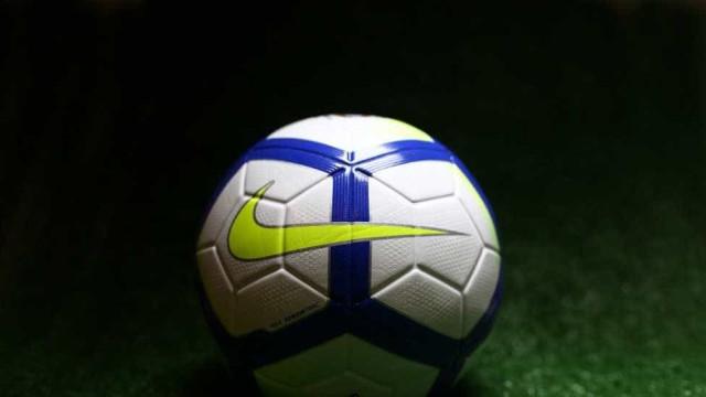 CBF apresenta a nova bola oficial das competições brasileiras em 2018