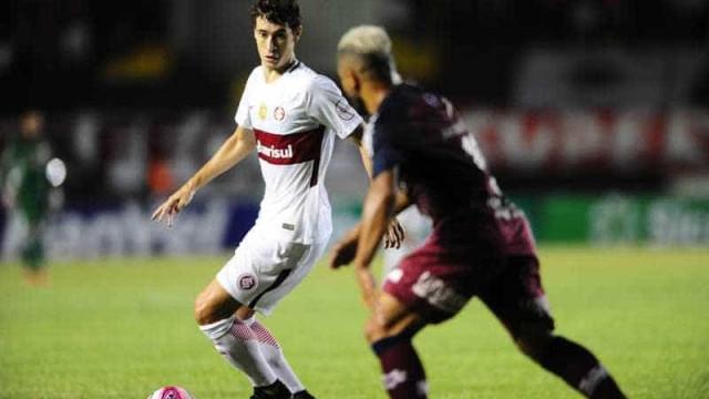 Contra o Caxias, Inter falha no ataque e perde a primeira no ano