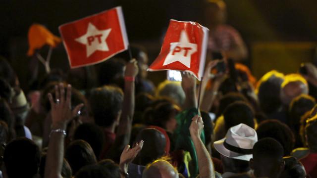 Petistas pensam em estratégias para evitar eventual prisão de Lula