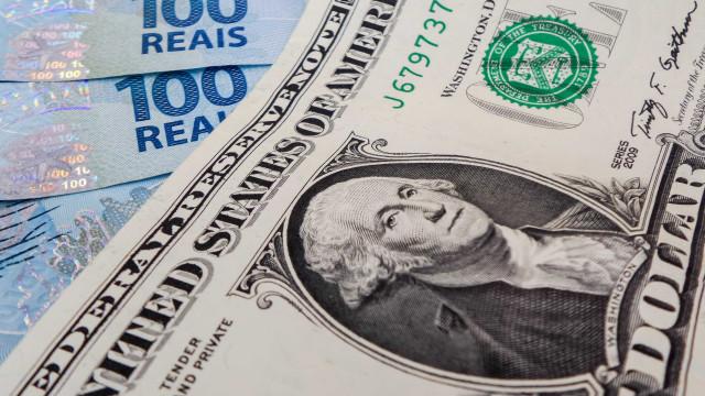 Câmbio para o fim de 2018 sobe de R$ 3,34 para R$ 3,35