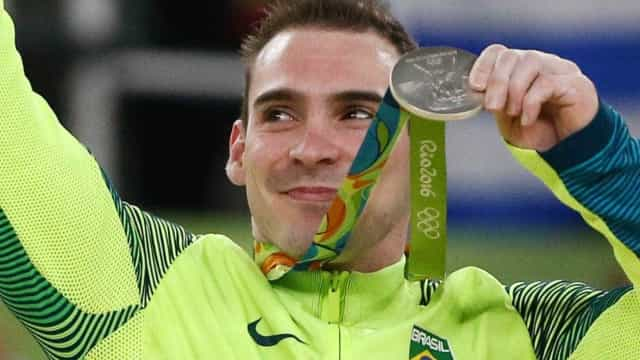 'É o meu último ciclo olímpico', afirma Arthur Zanetti no Carnaval