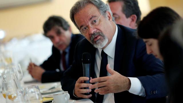 Venda da Embraer não seria estratégia para nenhum país, diz ministro