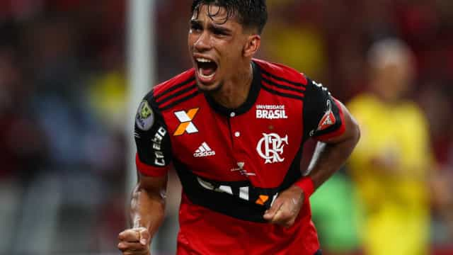 "Paquetá encanta Flamengo e vira ""mina de ouro"" dentro e fora de campo"