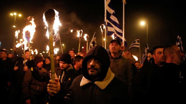 Grécia protesta contra Turquia após acidente próximo à ilhas Imia