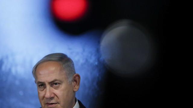 Israel pede indiciamento de Benjamin Netanyahu por corrupção