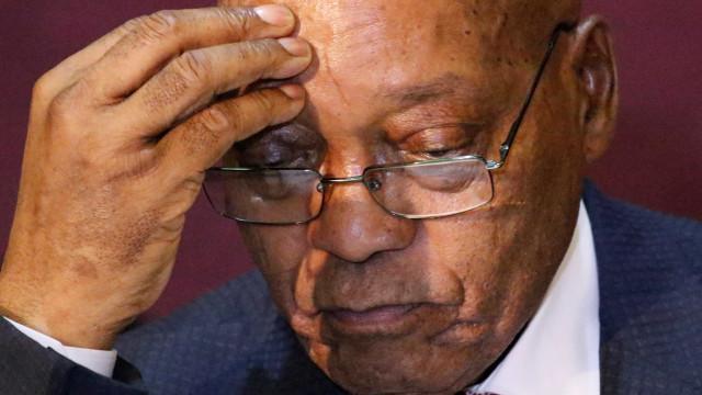 Presidente da África do Sul renuncia