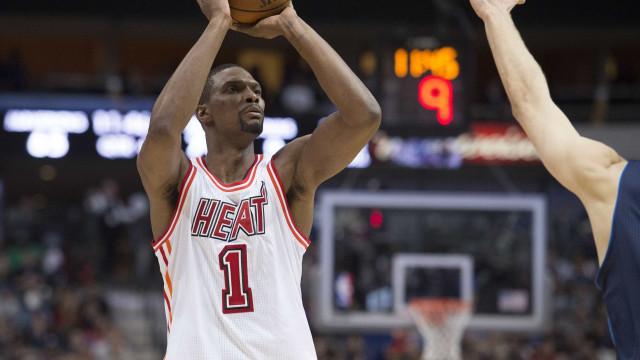 Fora da NBA por causa de coágulos, Chris Bosh busca voltar às quadras