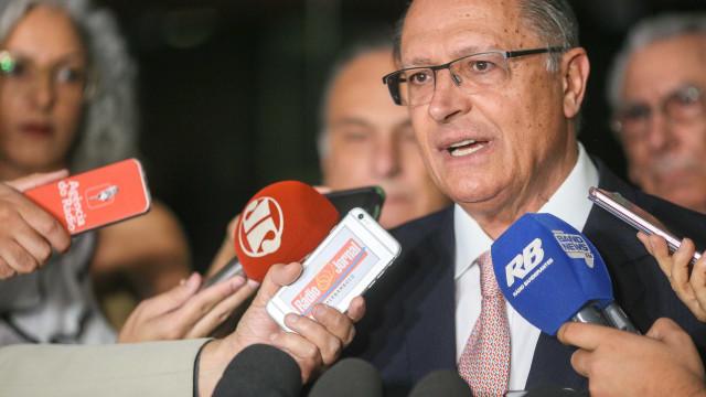 Alckmin afirma que intervenção no Rio éextremamas necessária