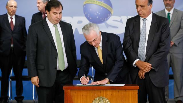 Câmara votará intervenção militar no Rio na segunda-feira