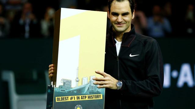 Federer se torna tenista mais velho na liderança do ranking mundial