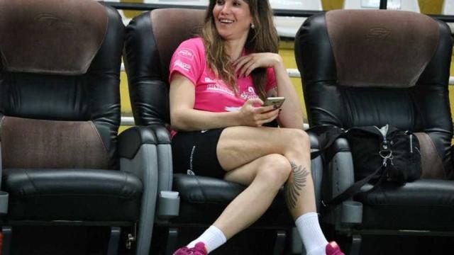 Thaísa defende Tiffany na Superliga: 'Tem que ver o lado humano'