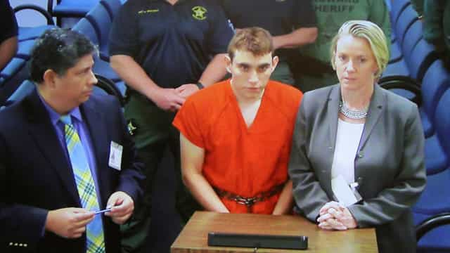 Acusado de tiroteio na Flórida teria comprado 10 armas em 2017