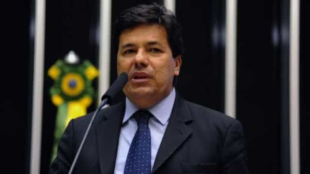 Mendonça Filho diz que deixará governo em abril para disputar eleições
