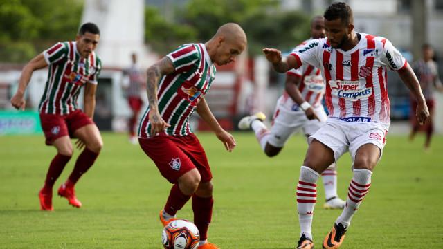 Fluminense goleia o Bangu na estreia da Taça Rio