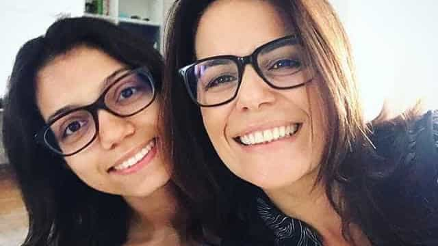 Jornalista comemora que filha com síndrome rara é aprovada em Medicina