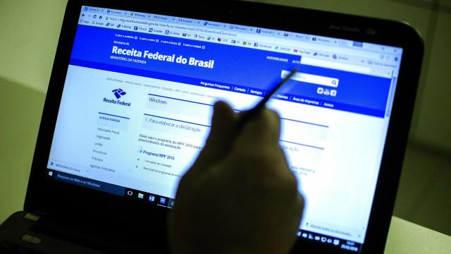 Receita espera entrega de 28,8 milhões de declarações de IR em 2018