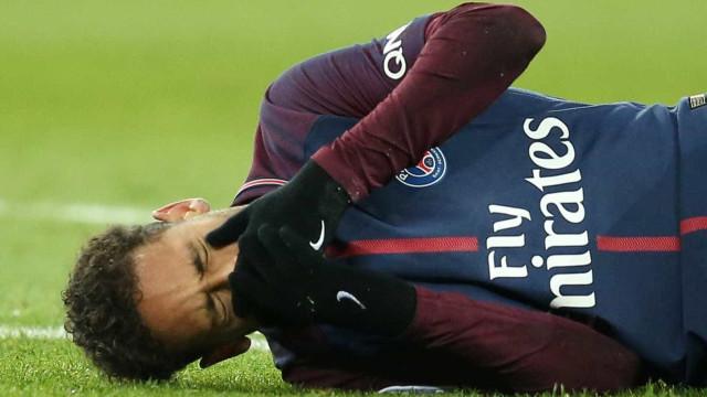 Neymar chegará nesta sexta a BH e passará a noite em hospital