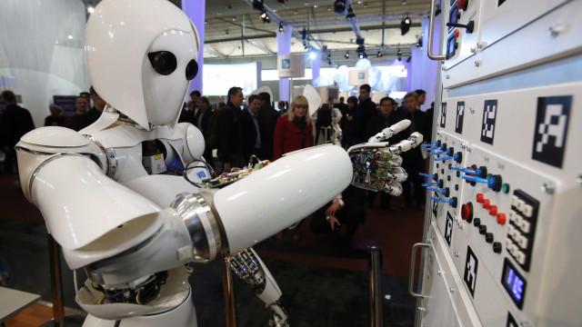 Especialista explica quando robôs serão capazes de dominar humanos