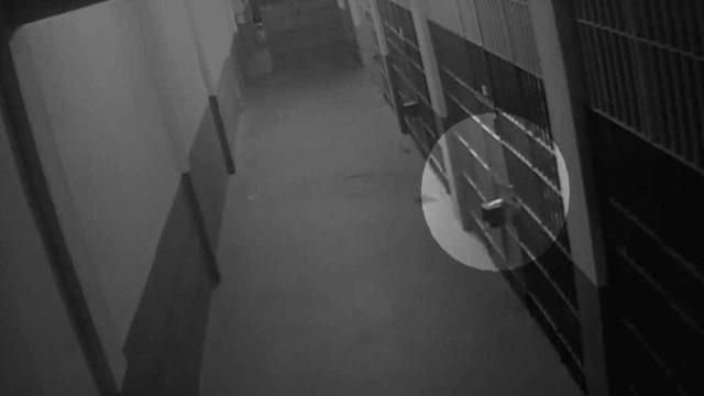 Não houve manipulação em imagens da cela de Garotinho, diz laudo