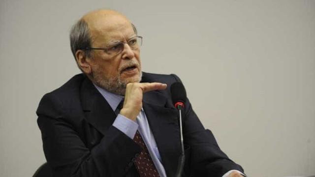 Sepúlveda afirma estar trabalhando de graça na defesa de Lula