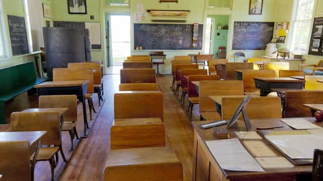 Senado analisa o direito de faltar aula ou prova por motivo religioso