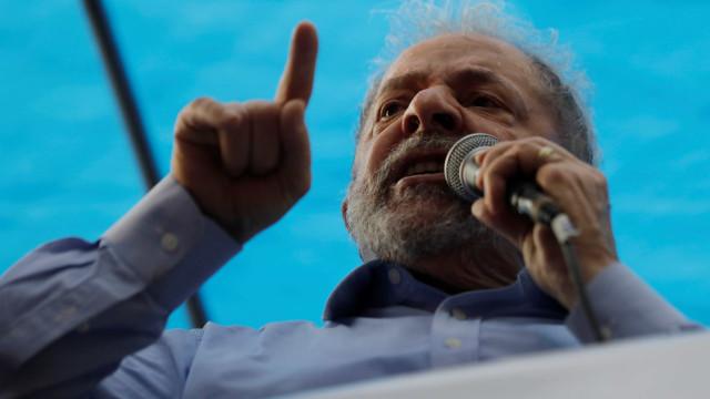 Lula: 'Temos de exigir que o governo preste contas à sociedade'