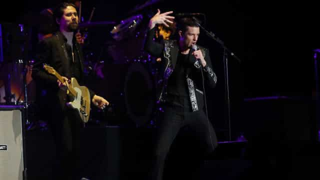 Com rock de arena, The Killers encerra o Lollapalooza