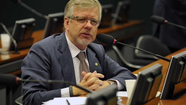 Petistas pedem federalização de investigação sobre ataque a Lula