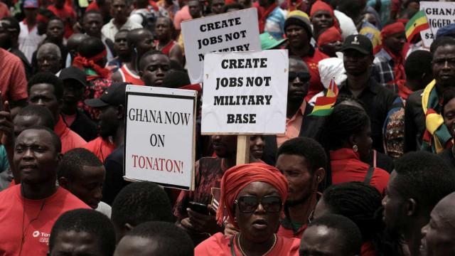 'Gana não está à venda': milhares protestam contra acordo com EUA