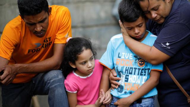 Venezuela indenizará famílias dos mortos em incêndio na prisão