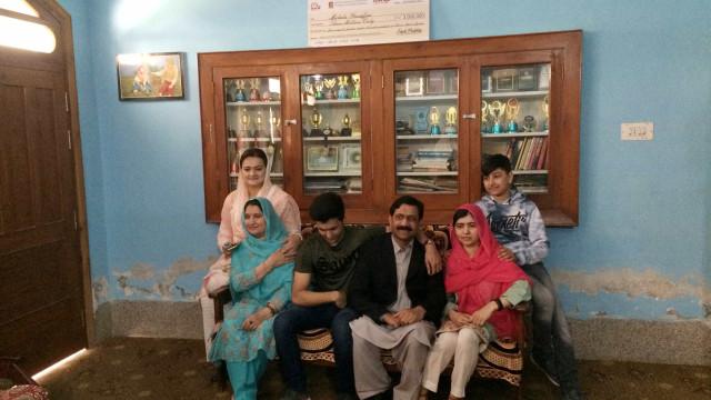 Malala visita o Paquistão