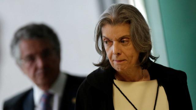 Cármen Lúcia se reúne com PF e discute segurança para julgamento