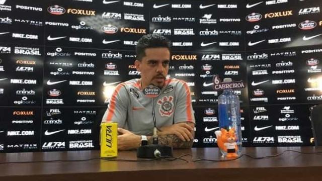 Fagner pede paciência ao Corinthians na final contra o Palmeiras