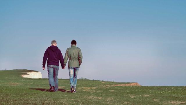 Nova Zelândia retira condenações de homossexuais anteriores a 1986