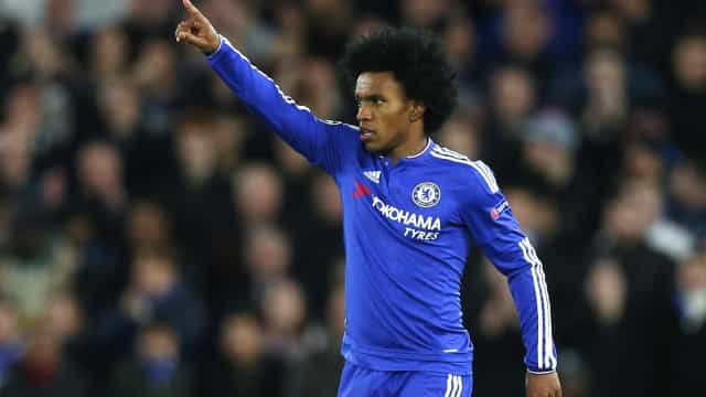 Willian comemora boa fase e mira classificação contra Barcelona