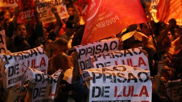 Homem agredido em frente ao Instituto Lula sofreu traumatismo craniano