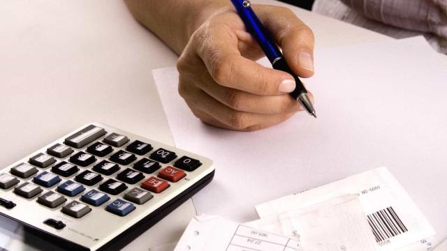 Inadimplência cai 5,2% no acumulado em 12 meses, aponta pesquisa