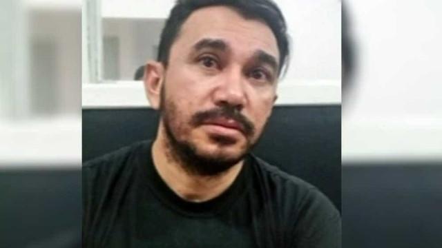 Padre que pediu foto de jovem para 'quebrar maldição' é preso em SC