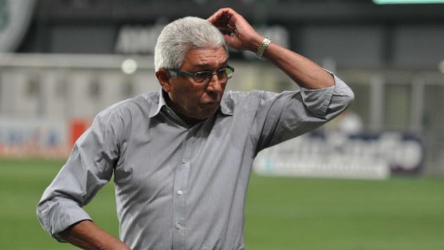Givanildo lidera lista de técnicos com mais estaduais no século