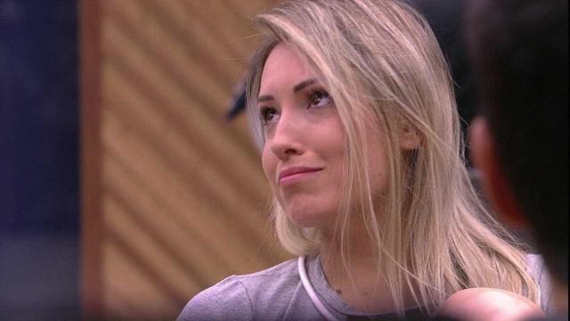 Jéssica diz não ser culpada por fim do noivado de Lucas e Ana Vilela