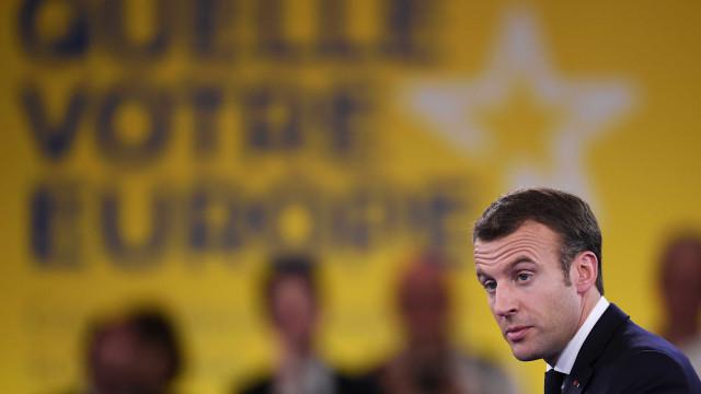 Sob pressão, Macron defende ofensiva na Síria no Parlamento Europeu