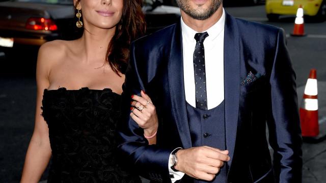 Rodrigo Santoro diz estar casado 'no papel' e se derrete pela filha