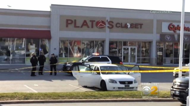 EUA: menina de 3 anos atira por acidente em mãe grávida