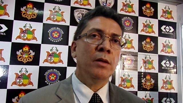 Secretário diz a 'canalhas de todos os naipes' que não vai se intimidar