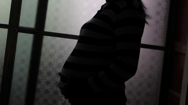 Grávida de sete meses é agredida dentro de metrô em SP