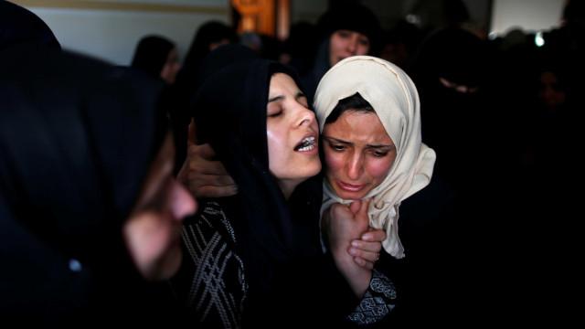 Sobe para quatro o número de mortos em conflitos em Gaza